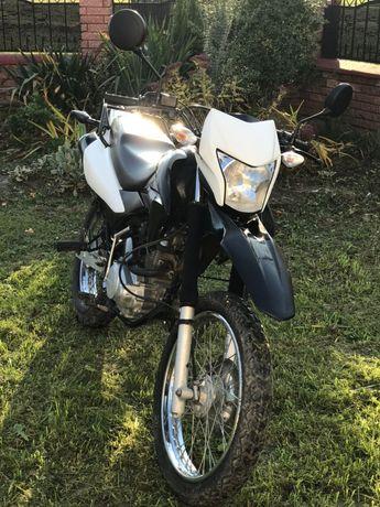 Продам мотоцикл honda xr150 LEKE