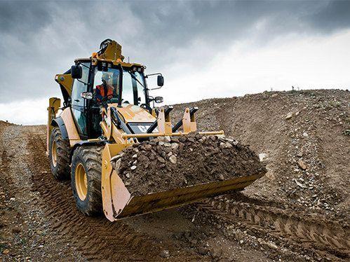 Koparko-ładowarką,równanie terenu,wykopy,wywrotki 1-18 Ton,transport.