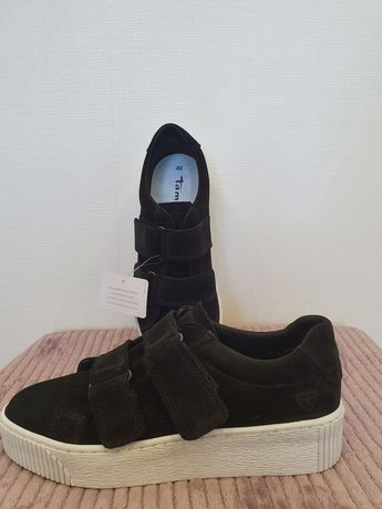Новые замшевые кроссовки-кеды Tamaris