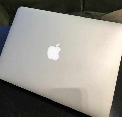 MacBook Air 2016 13' 1.6 GHz/ 8 Gb/ 128 Gb, чехол