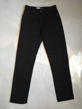 Джинсы HIS 42-33,женские,черного цвета.