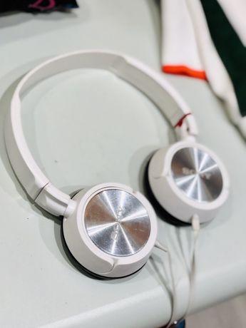 Наушникик Sony MDR