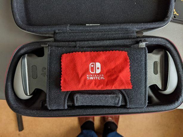 Sprzedam uchwyt GoPlay i pokrowiec Big Ben do Nintendo Switch