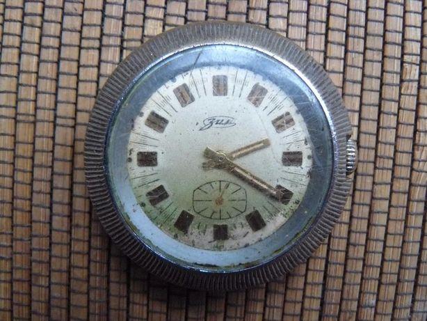 Наручные часы марки ЗИМ СССР