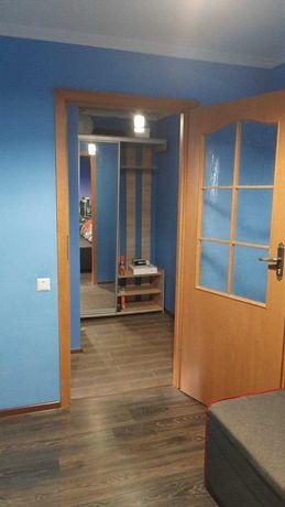 Продаж 1 кімнатної  квартири з ремонтом вул Сюсюри (р - н Ашану)