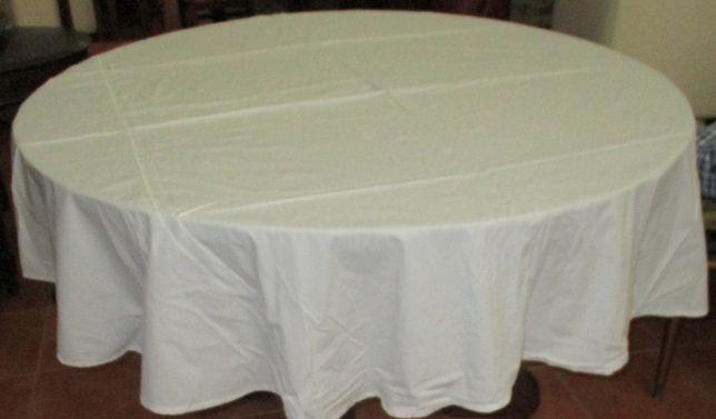 Toalhas em tecido branco