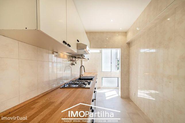T2-Apartamento Renovado - Monte Abraão