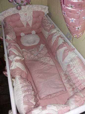 Набор: прстельное, борты-защита и балдахин в кроватку для принцессы.