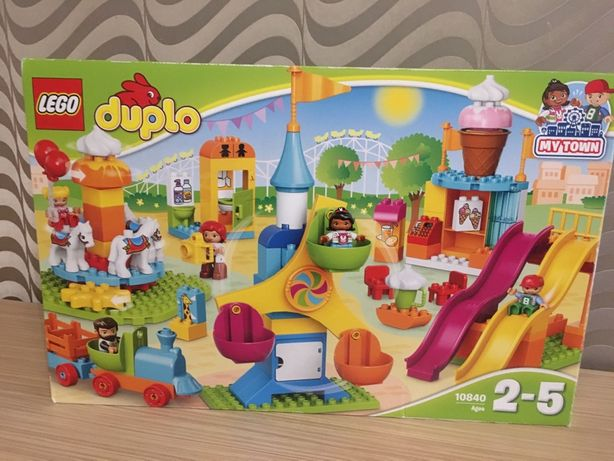 Lego Duplo, лего 10840. Парк аттракционов