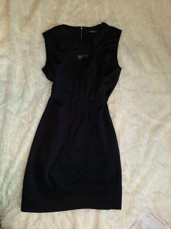Черное платье 48 р