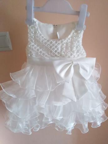 Zjawiskowo piękna sukienka na wyjątkowe okazje