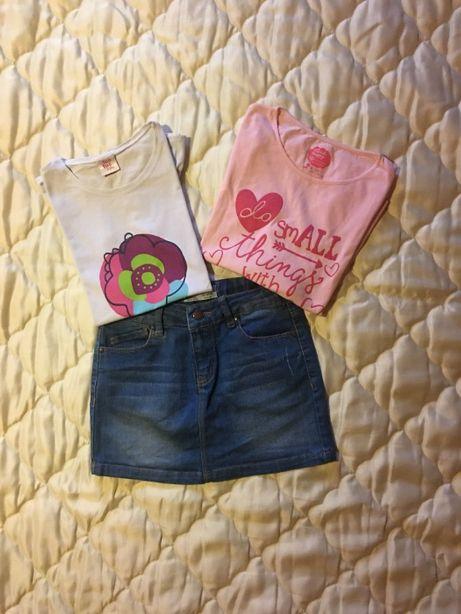 Conjunto saia, camisola e t-shirt