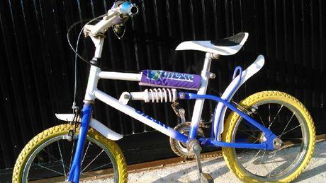 Bicicleta praticamente sem uso