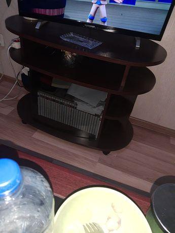 Stolik RTV ciemny brąz