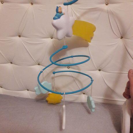 Очень крутой мобиль для детской кроватки