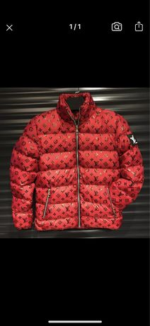 Куртка Louis Vuitton ( не the north face)