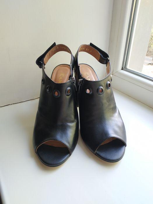 Кожаные босоножки  туфли Мариуполь - изображение 1