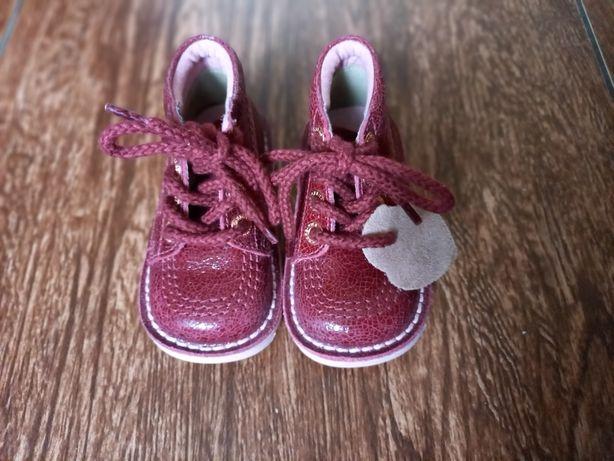 Черевички для дівчинки,  ботінки, туфлі