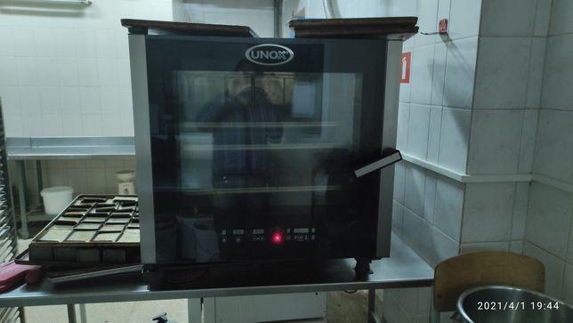Продам конвекционную печь UNOX XBC605E б/у