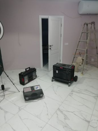Установка входных, межкомнатных дверей, лестниц и корпусной мебели