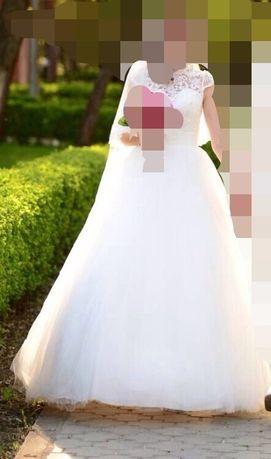 Свадебное платье для принцессы(фата с французскими кружевом в подарок)