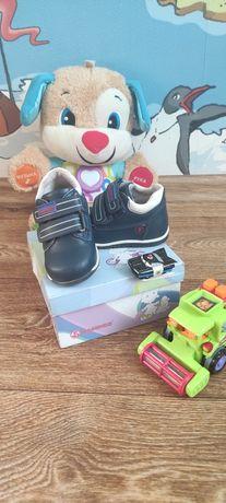 Демисезонные ботиночки, туфельки Flamingo 20