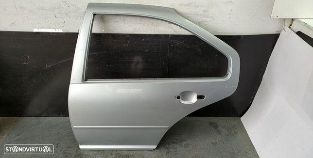 Porta Tras Esquerda Volkswagen Bora (1J2)