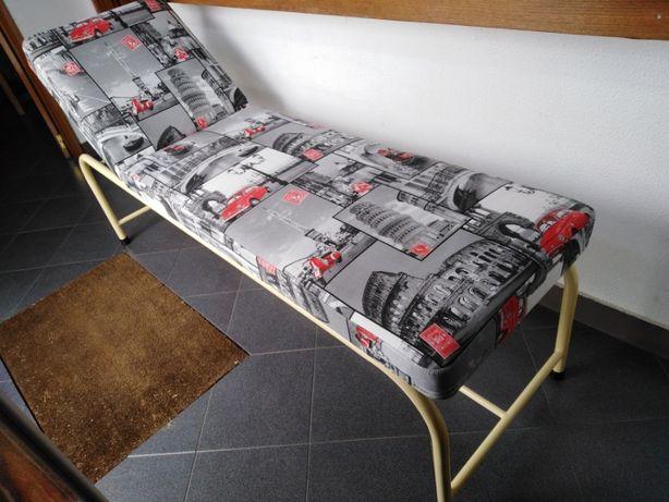 Marquesa Vintage com costa reclinável