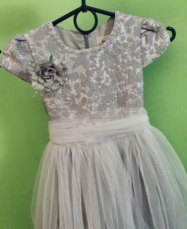 Платье праздничное для принцессы на выпускной