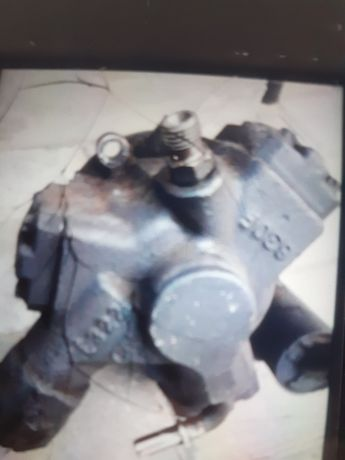 Pompa wtryskowa FORD FICUS MK2 2.0TDCI