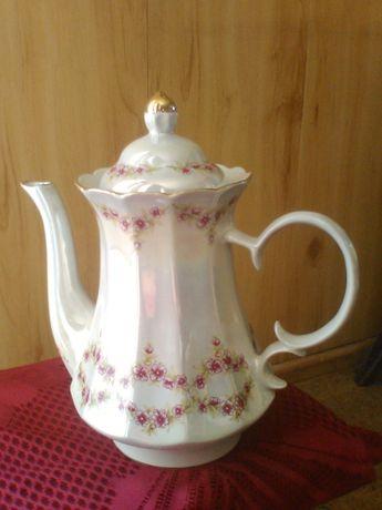 Чайник фарфоровый на 2л.