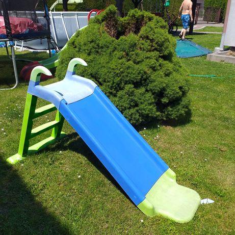Zjeżdżalnia ogród dziecko