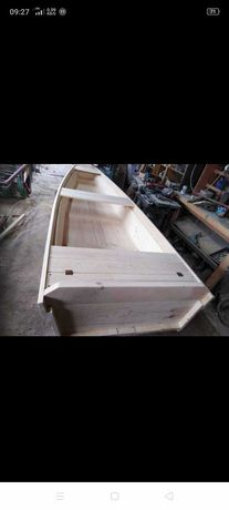 Łódka wędkarska drewniana