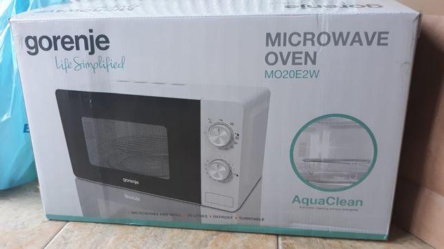 Nowa kuchenka mikrofalowa Gorenje MO20E2W