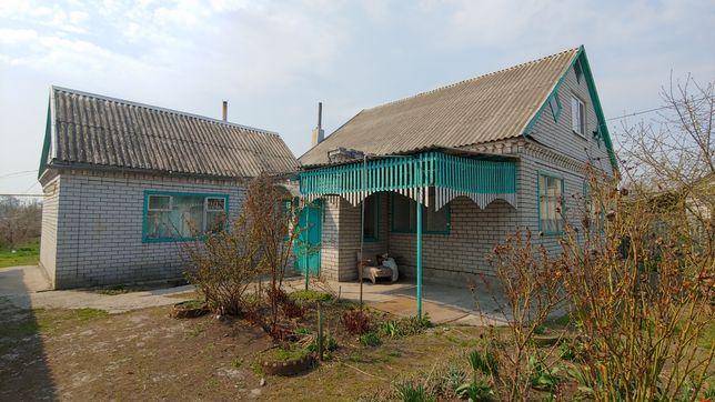 Дом в центре г.Перещепино
