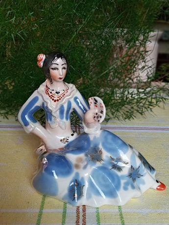 Фарфоровая статуетка Циганка с картами.1 Сорт. Полонное.Золочение.