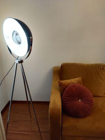 Lampa podłogowa w stylu loft trójnóg selinda