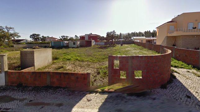 Terreno urbano 900m2 em Pontével- Casais da Amendoeira