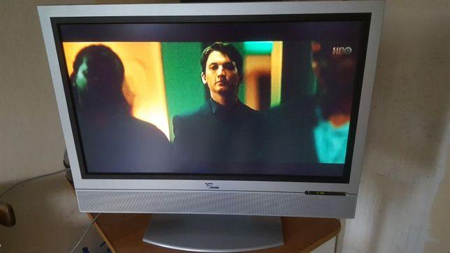 Telewizor LCD V7 Videoseven 32 cale w 100% sprawny.