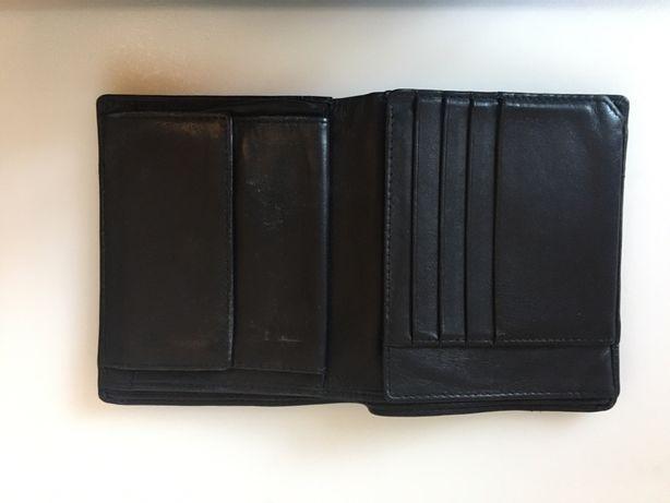 Męski skórzany portfel czarny