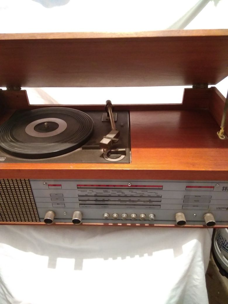 Radio / Gramofon UNITRA