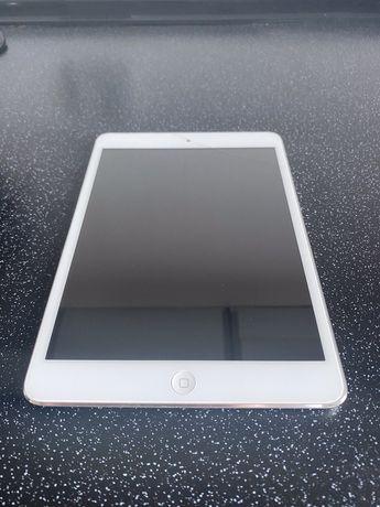 iPad Mini 64gb. LTE - srebrny