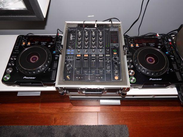 Mixer Pioneer DJM 800 + Procase