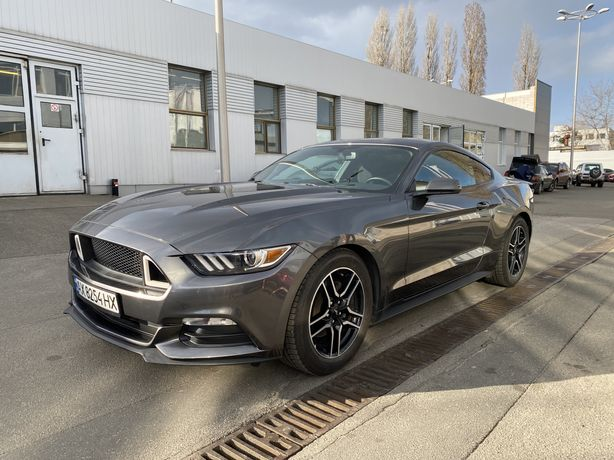 Ford Mustang 3.6 Кредит