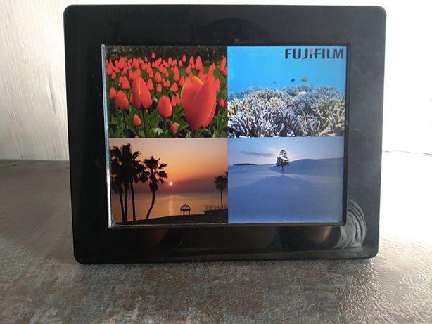 Elektroniczna ramka na zdjęcia Fuji film
