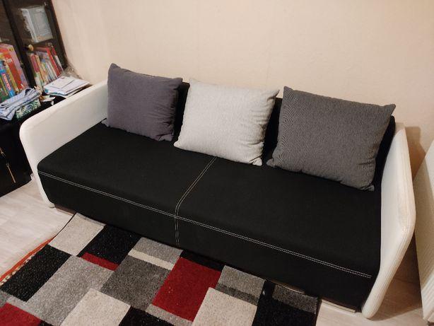 Kanapa sofa rozkładana + poduszki