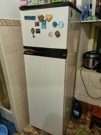 Продається холодильник робочий, самовивіз