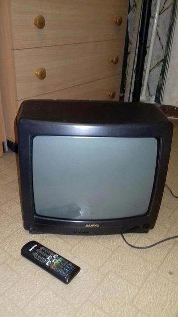Продаю телевизор Sanyo
