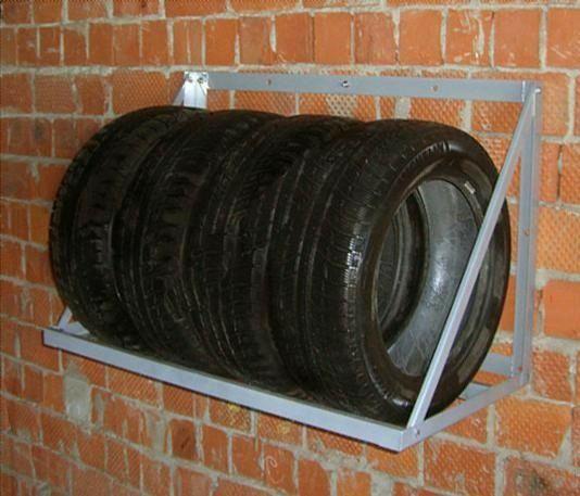 Стеллаж для шин, колес (полка навесная для колес и шин)