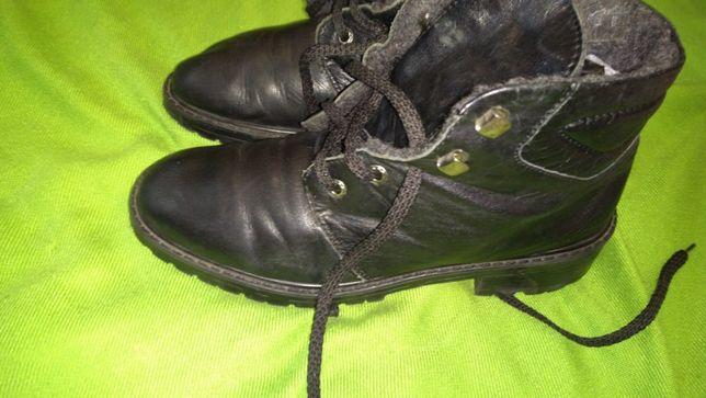 Женские фирменные ботинки из натуральной кожи